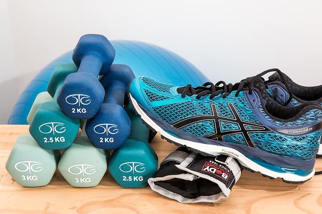 Jak rozpocząć trening na siłowni, bez względu na kondycję czy wiek